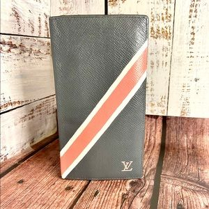 Louis Vuitton Gray Taiga Leather custom wallet